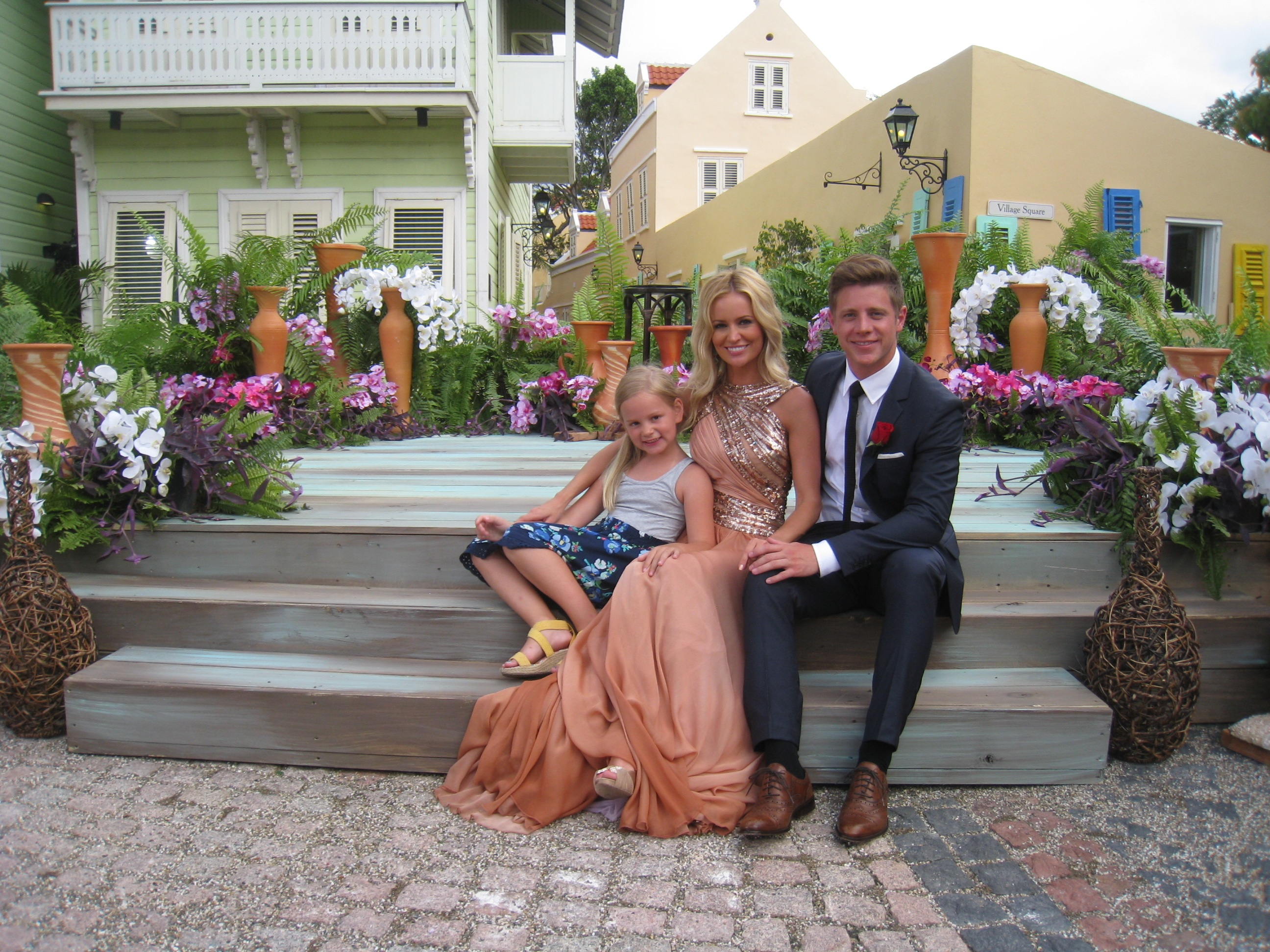 Emily and Jef  PHOTOS from the Bachelorette Season 8 finaleEmily Maynard And Jef Holm Proposal
