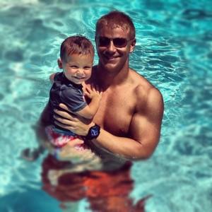 Bachelor Sean Lowe shirtless