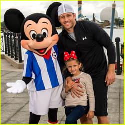 Juan Pablo Galavis at Disney World with daughter Camila