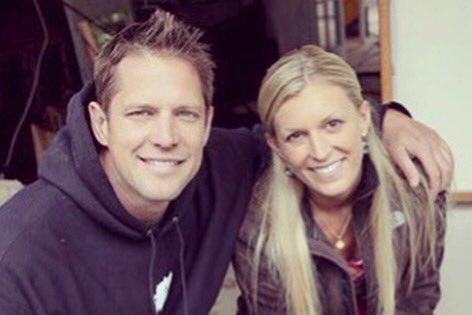 Bachelor-stars-Chris-and-Peyton-Lambton-expecting-first-child