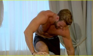 the-bachelorette-robby-hayes-strips-down-for-jojo-dare-02